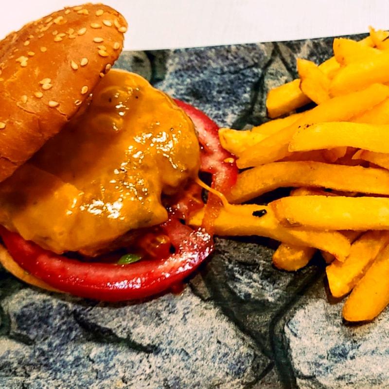 Menú infantil Hamburguesa de Ternera - La Burguesita Restaurante para niños en Boadilla del Monte